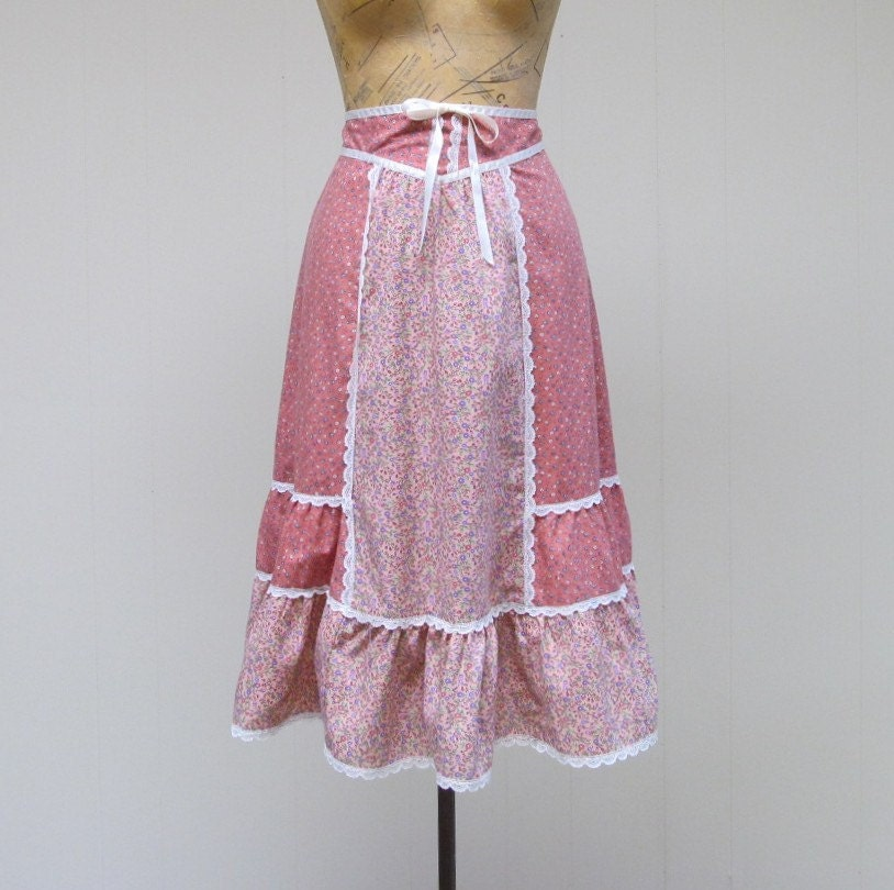 Vintage 1970s Skirt / 70s Pink Cotton Calico Patchwork Skirt / Small - RanchQueenVintage
