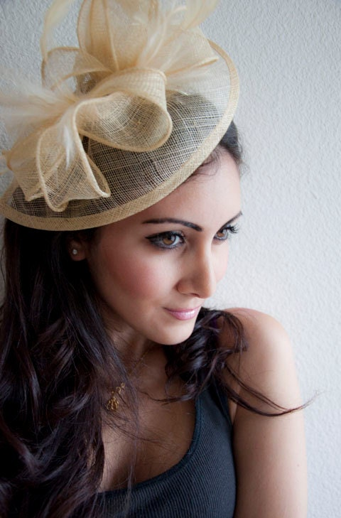 "Champagne Gold Fascinator - ""Penny"" Mesh Hat Fascinator with Mesh Ribbons & Golden Feathers - EyeHeartMe"