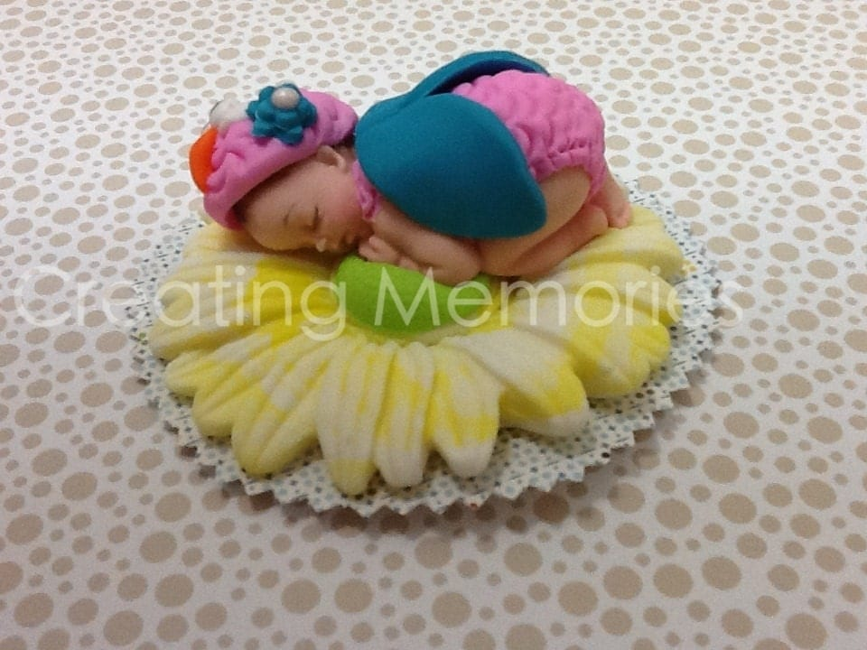 Edible Cake Image Owl : Baby Owl/Edible Cake Toppers Made of Vanilla Fondant by ...