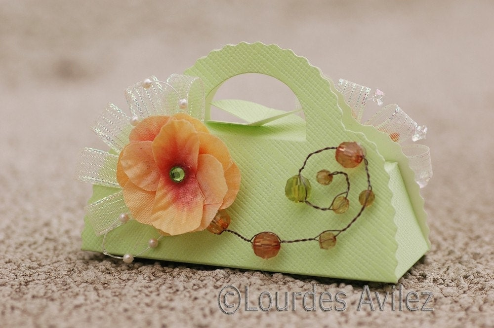 favor box- light green purse box with Orange Flower