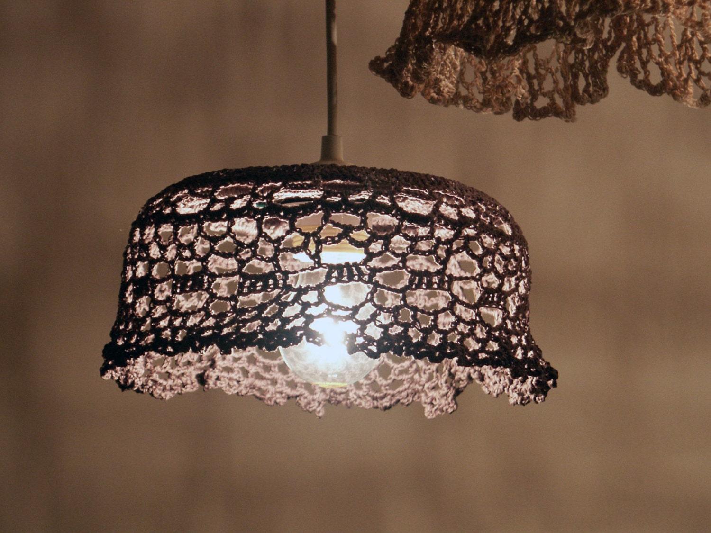 Grey chandelier crocheted. Diameter cm 22  height cm 12 - Donnedispirito