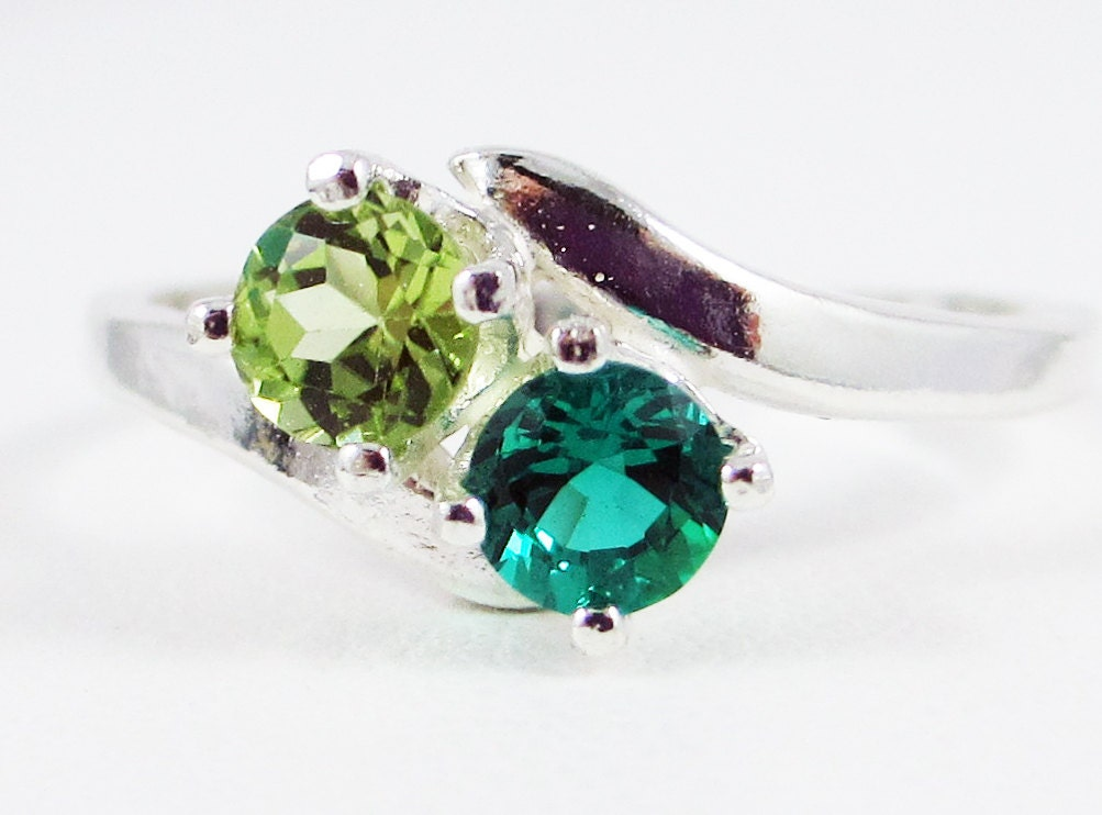 peridot and emerald ring sterling silver by dreamyrings on