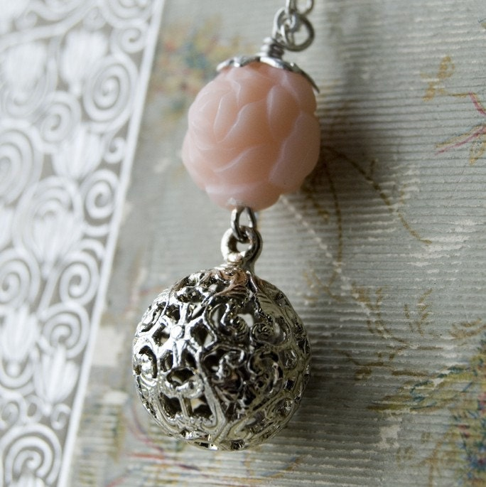 Rose Passion Twilight Necklace