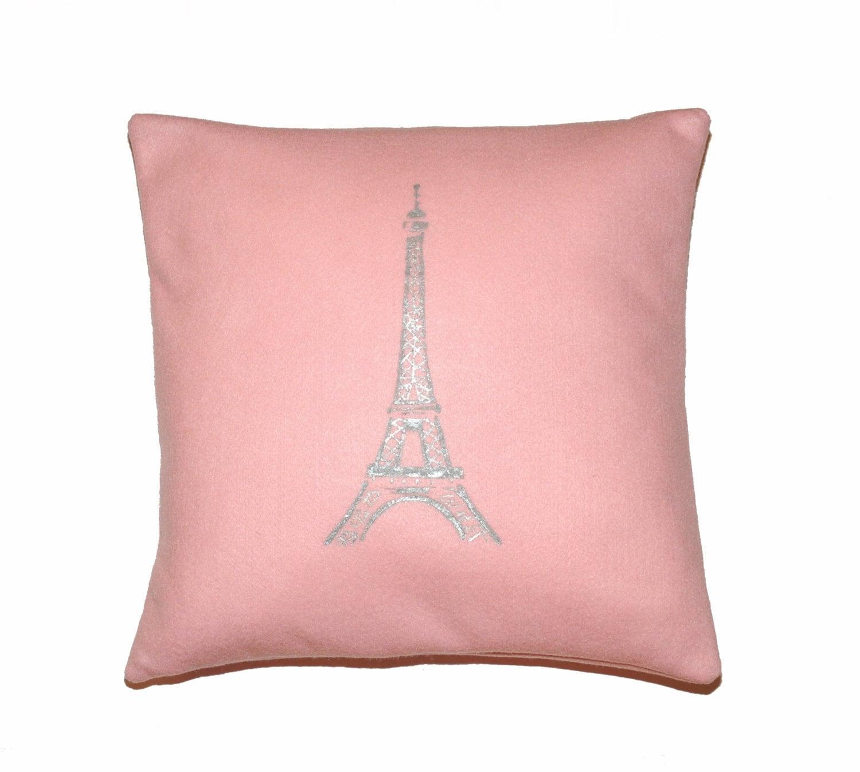 Argent Paris Tour Eiffel imprim sur loreiller de feutre rose Pastel plusieurs tailles disponibles