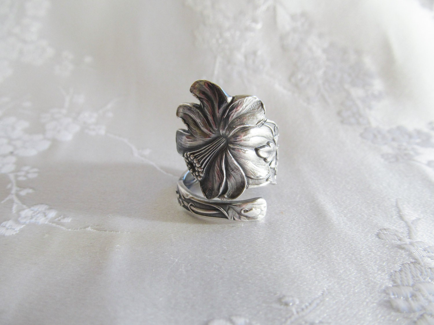 Columbine Flower Spoon Ring Sterling Watson 1903 Seduction - TreasureGrotto