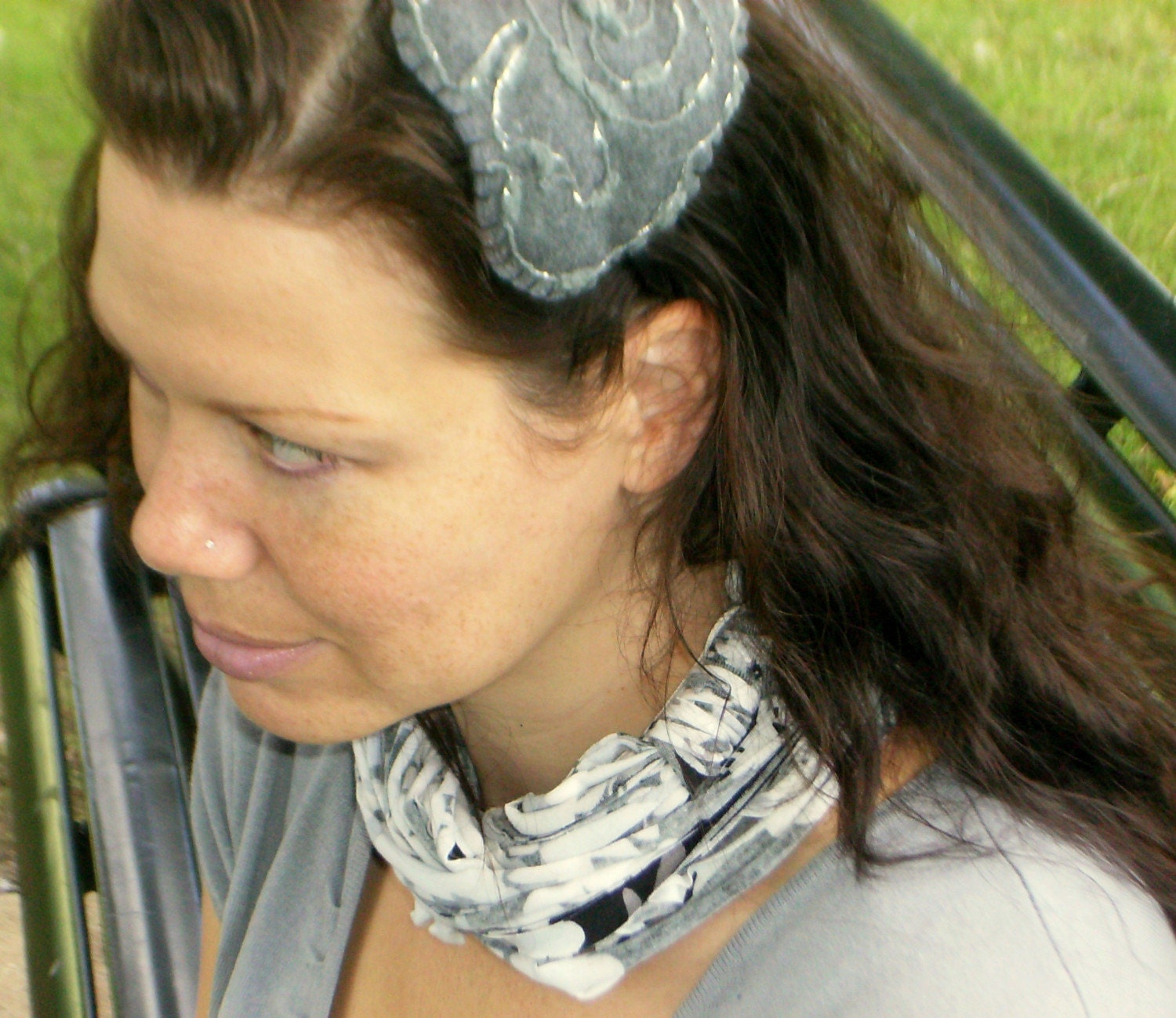 White and Black NeckScape scarf cowl necklace US Shipping Included