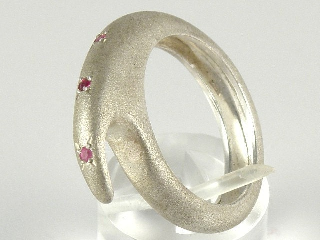 SEPTEMBER BIRTHSTONE - PINK SAPPHIRE - Sterling Silver Ring