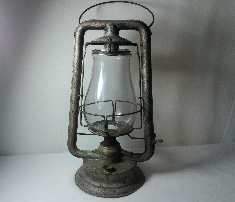 Antique CT Ham No. 0 Clipper Barn Lantern by AntiquesToPresent