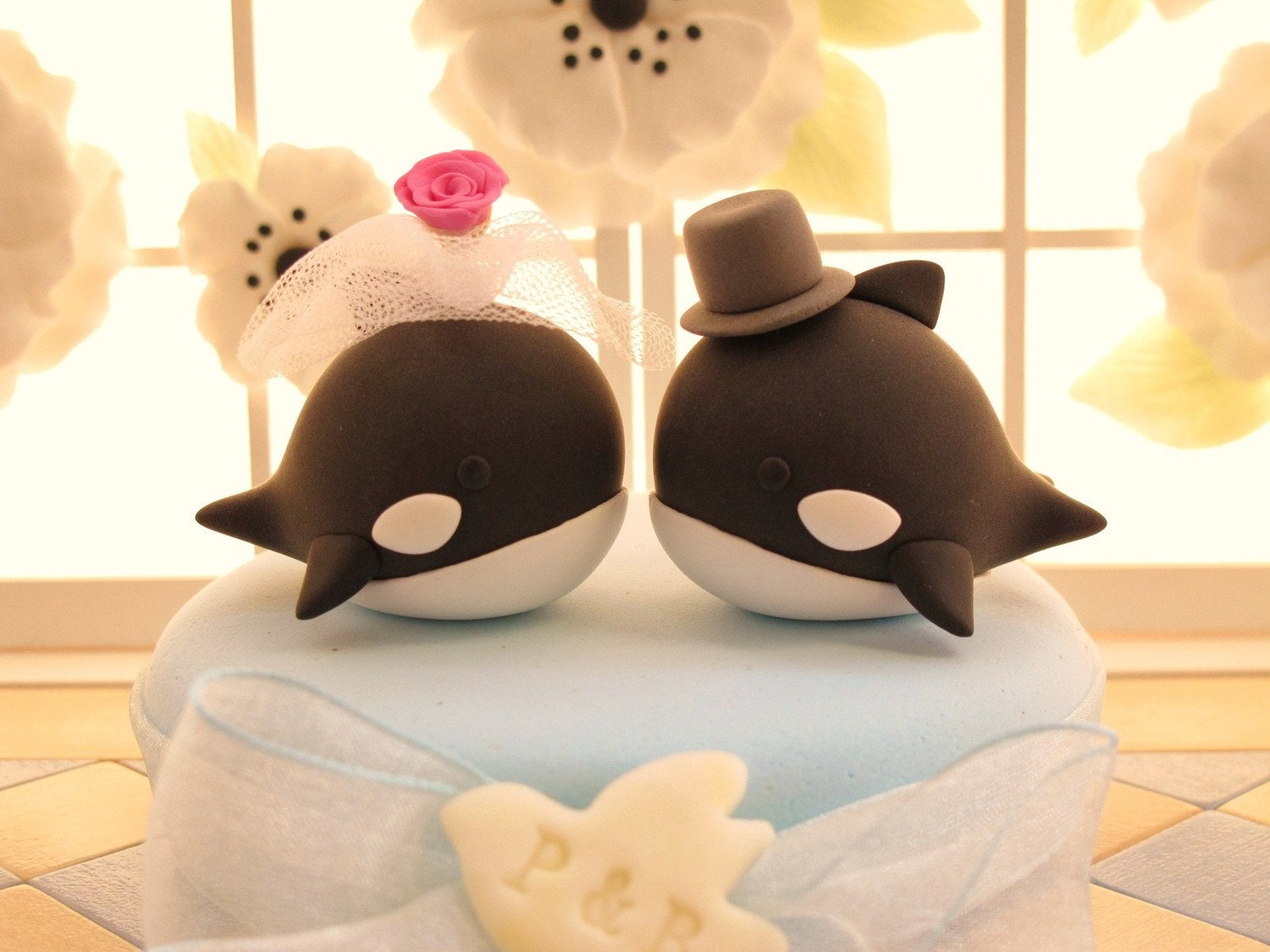 PROMOTION-------LOVE ANGELS Wedding Cake Topper-love orca  whale  with sweet heart