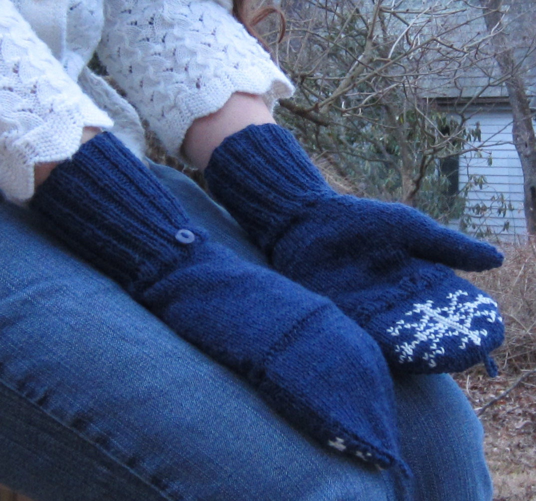 Knitting Pattern For Snowflake Mittens : PDF Special Snowflake Mittens Knitting Pattern by katebellando
