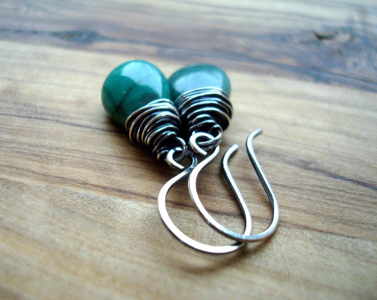 Emerald earrings  Green earrings  Sterling silver earrings  May birthstone  Wire wrapped  Green drop earrings  Birthday Gift for her