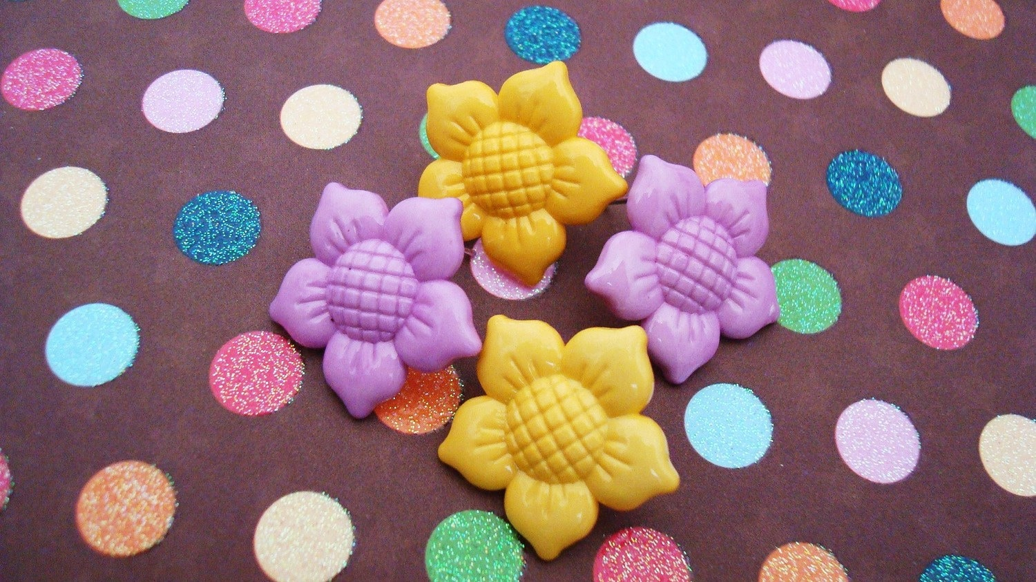 Here Comes the Sun - Flower Button Earrings