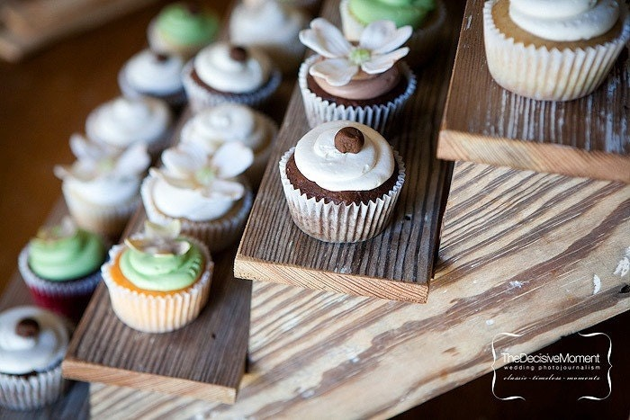 Love this cupcake stand meant to be for a wedding but can