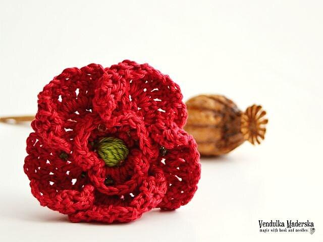 Free Crochet Pattern For Poppy Flower : Crochet poppy flower brooch pattern DIY by VendulkaM on Etsy