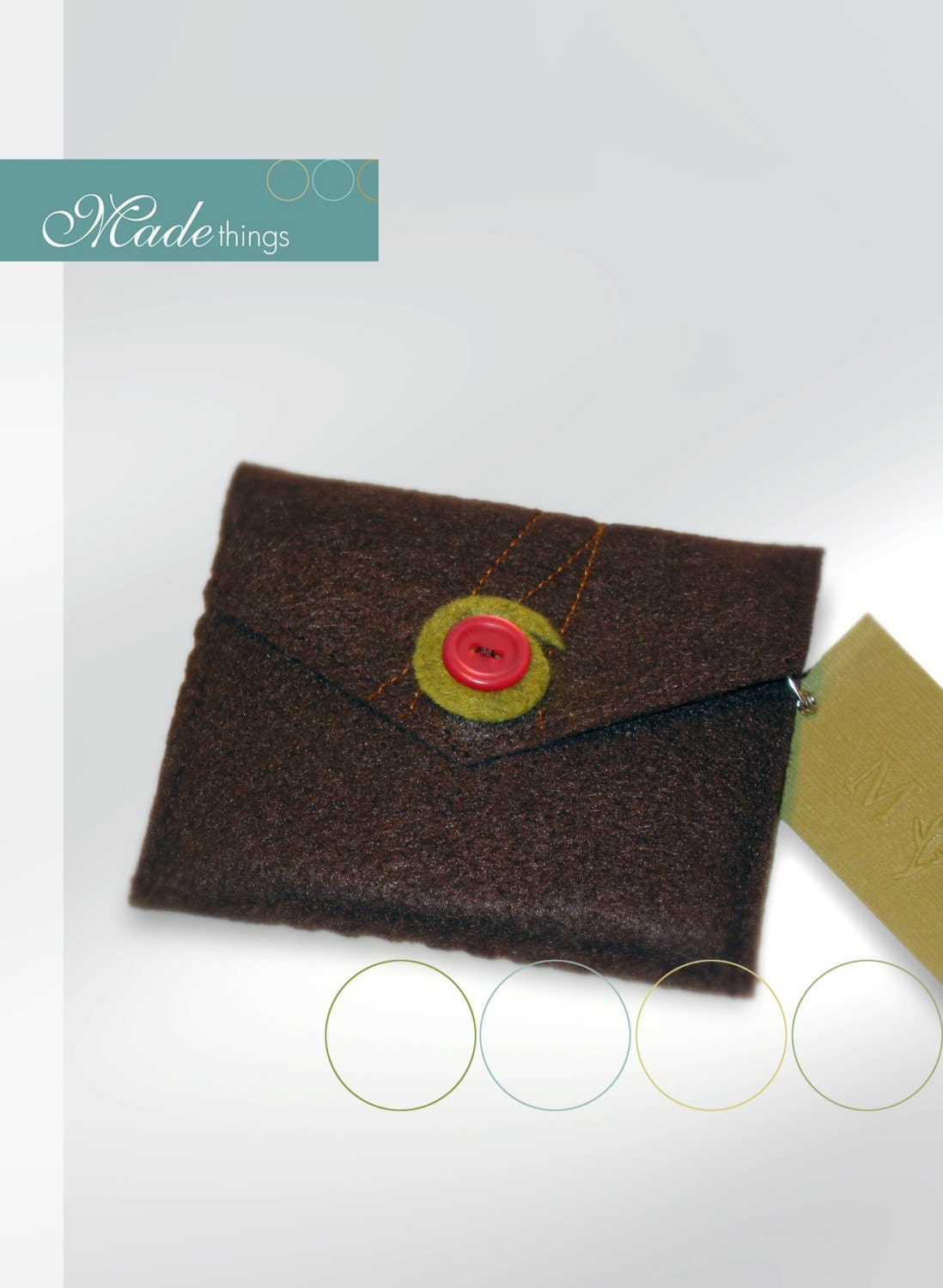 sweet little felt purse (chocolate brown, gold pattern with pink button)