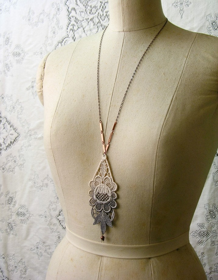 luphia lace necklace