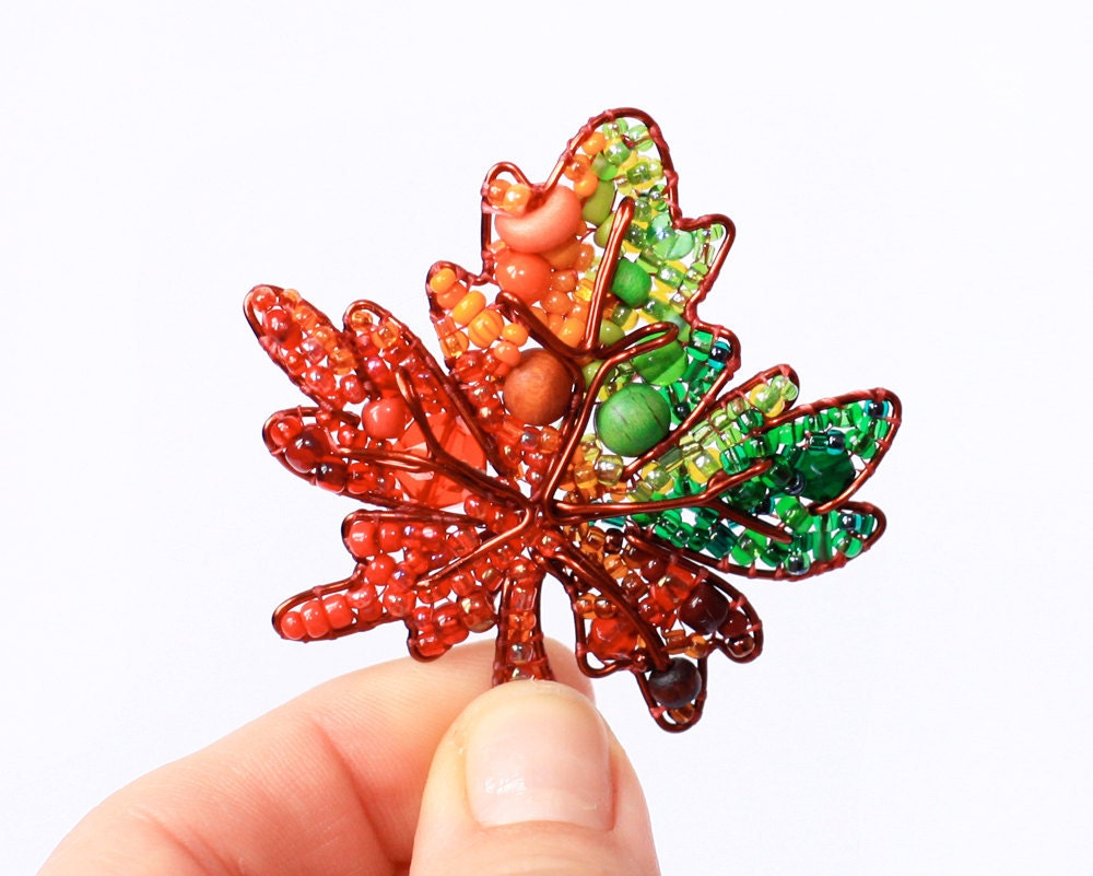 Autumn Leaf Beaded Brooch - LucyJewellery