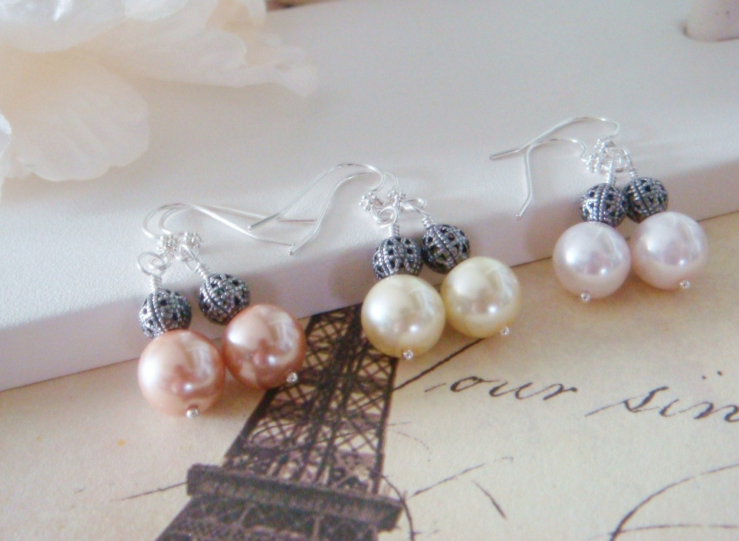 Pastel Pearl earrings in silver