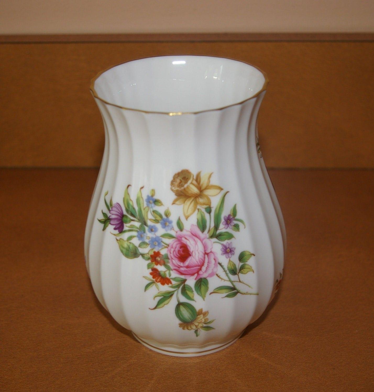 Flower Vase Witley Garden Pattern 1986 Discontinued Royal Worcester England