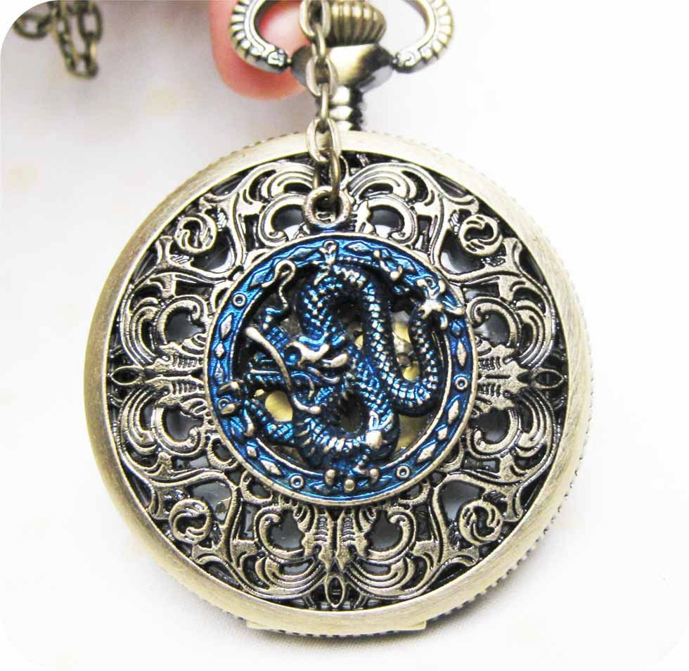 Chinese Dragon Victorian pattern golden dial Pocket Watch locket Necklace