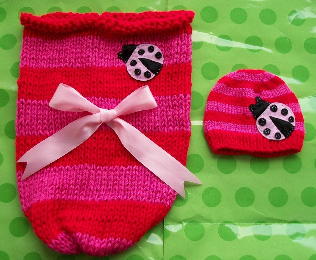 PHOTOGRAPHERS DELIGHT-Baby Cocoon and Baby Beanie-Newborn set-Made to order only