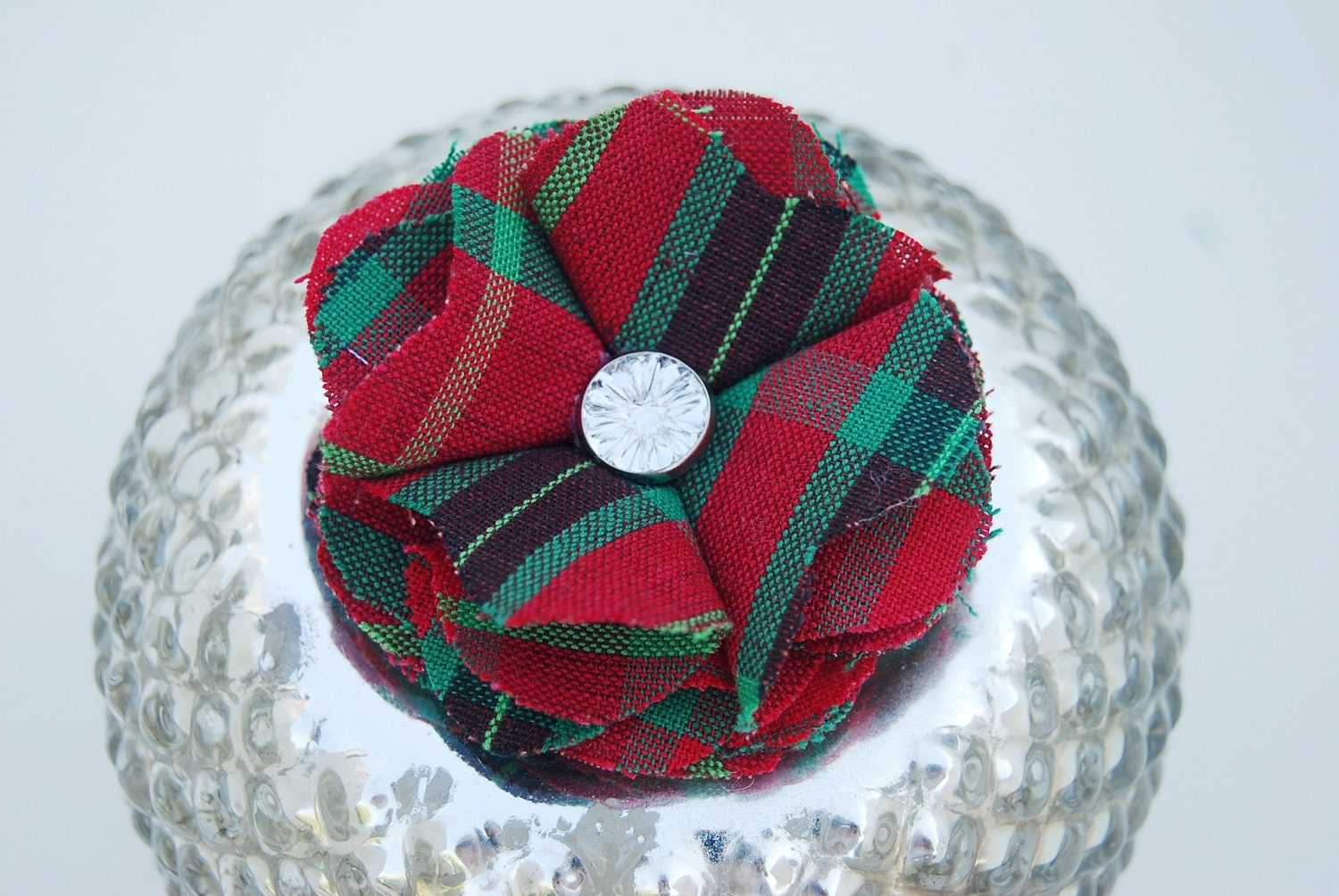 Christmas Tartan Plaid Rhinestone Fabric Flower Pin, Clip, Hair Accessory for Girl, Children