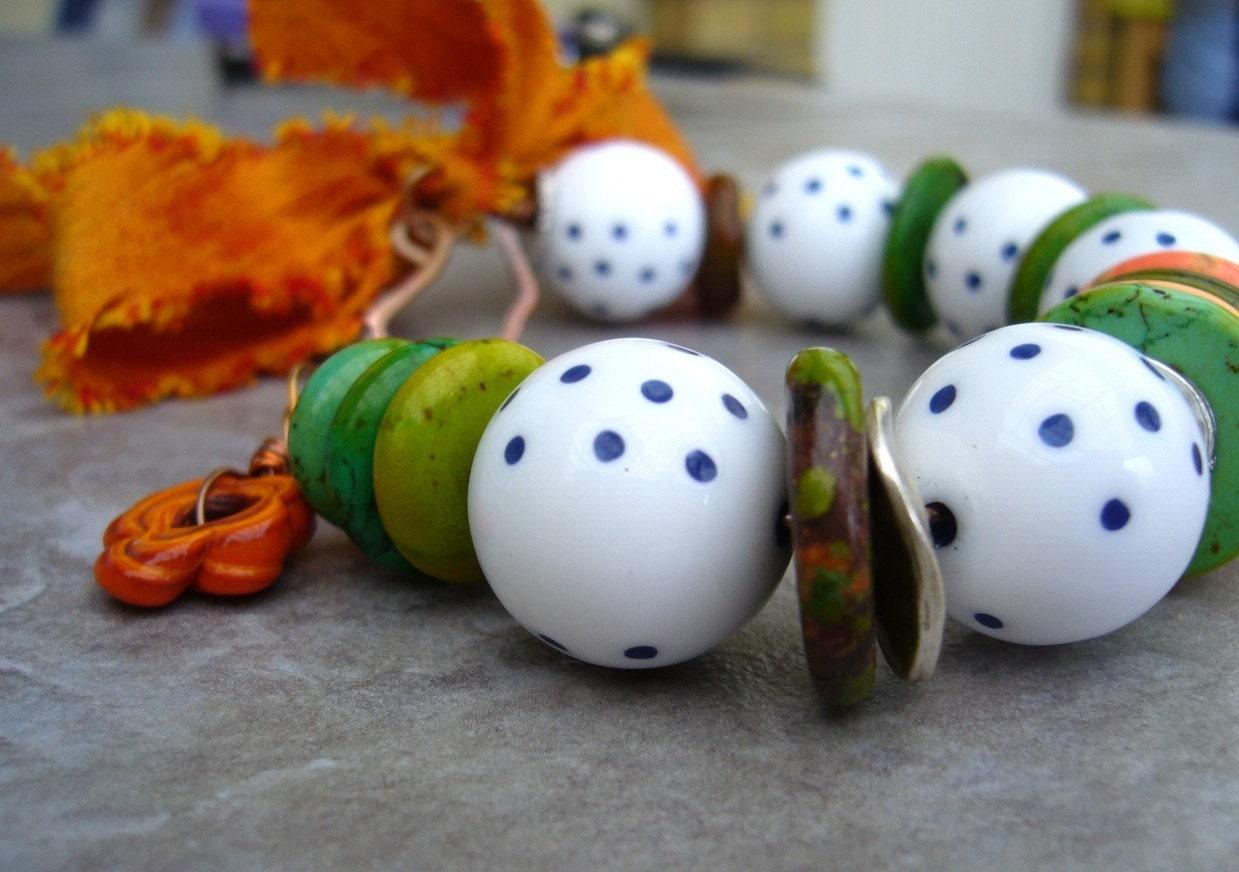 Vintage Fantasy polkadot bracelet with turquoise