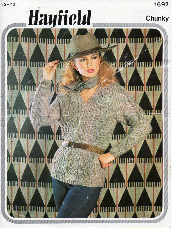 Womens Aran Sweater Womens knitting pattern PDF Download Womens cable jumper v neck ladies Aran sweater long  3242 Chunky Bulky 16 ply