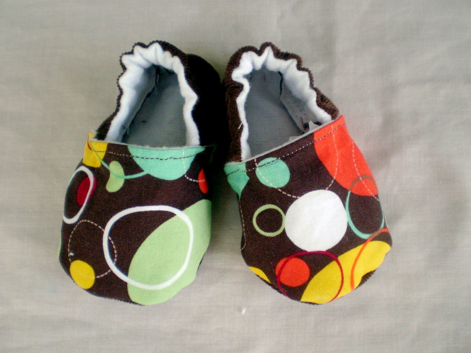 Funky Dots Baby Booties, size 0 to 6 months