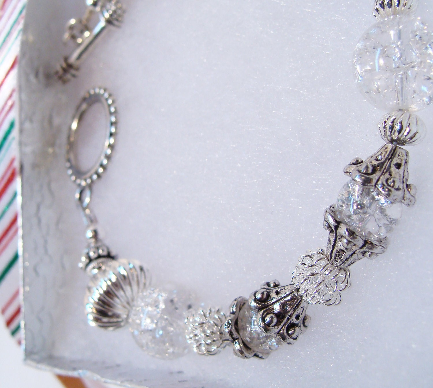 Sparkling Crackle Glass Bracelet