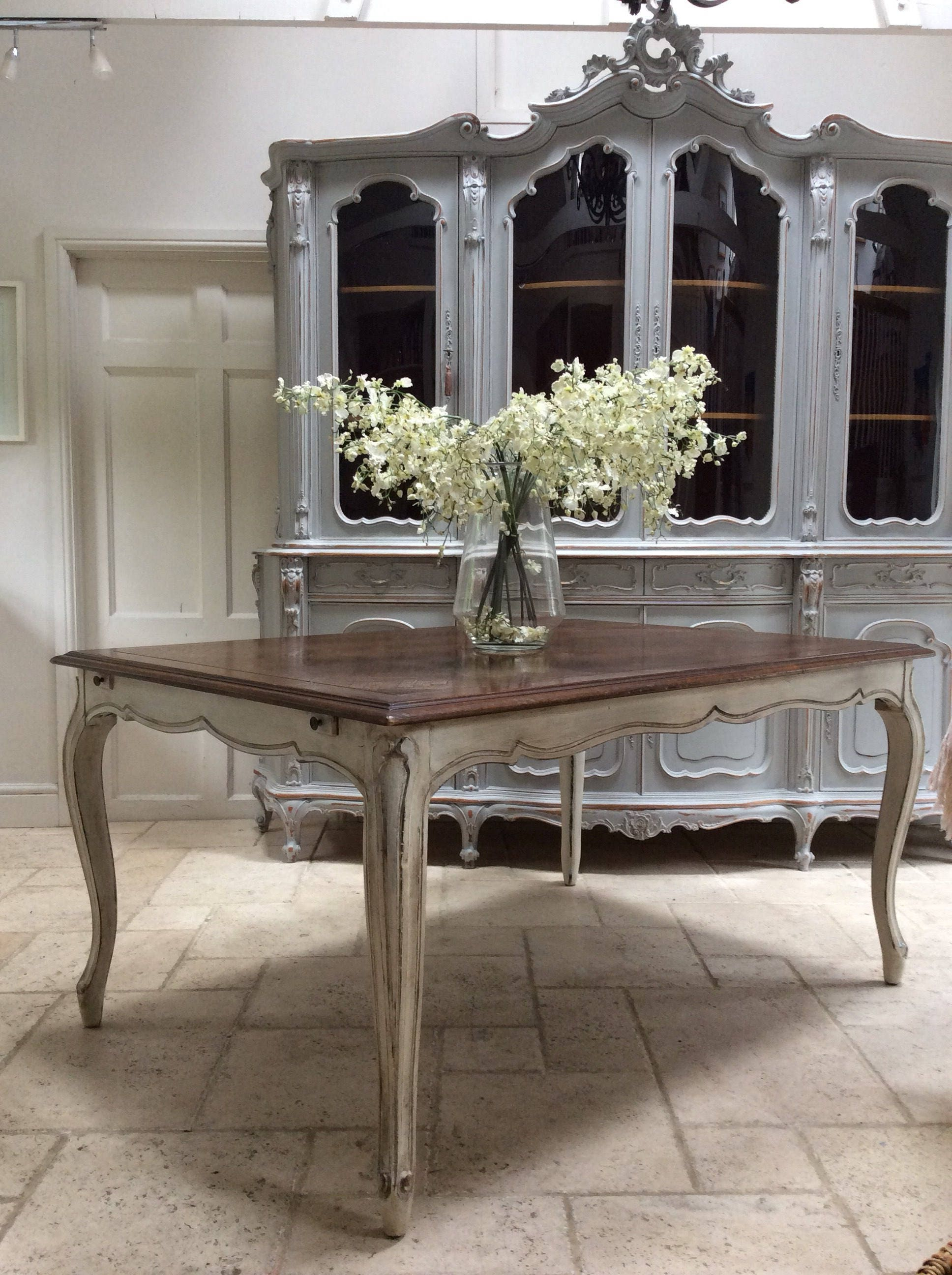 Hand Painted Vintage Wooden French Dining Table 5ft extending to 8ft with two leaves.