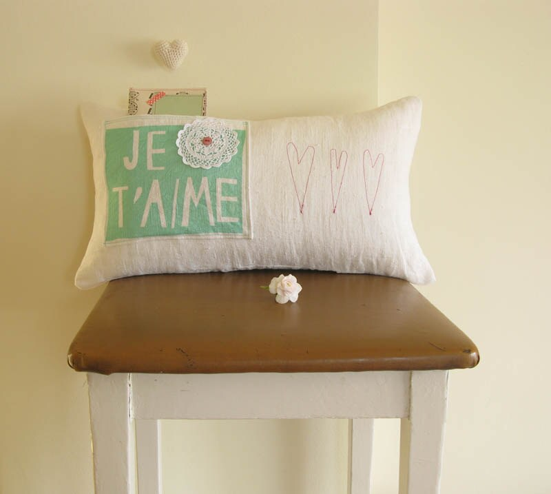 Je t' aime Pillow Wedding Decoration Treasury Pick on Etsy