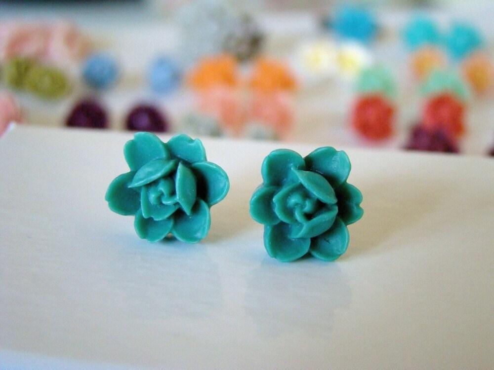 Simple Rose Flower Post Earrings - Forest Green