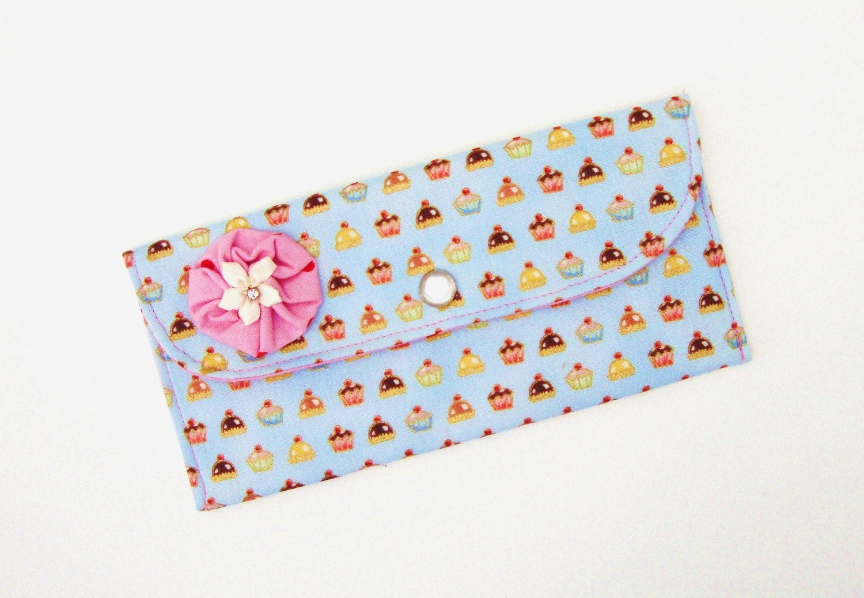 Cupcake Snap Wallet