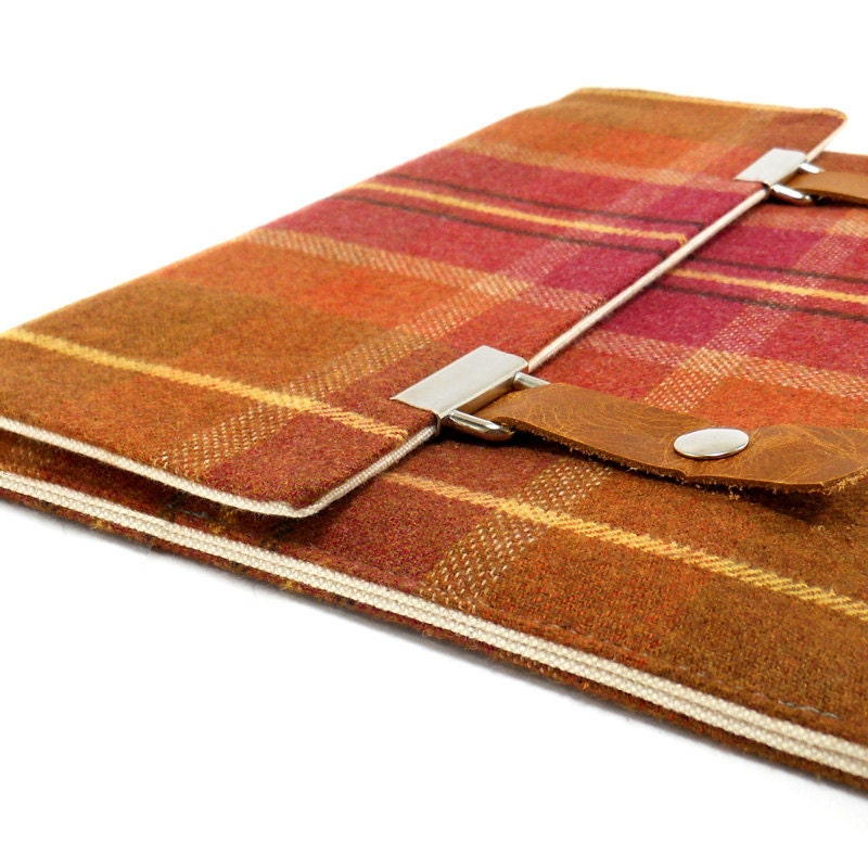 iPad case - cinnamon and dark pink cotton