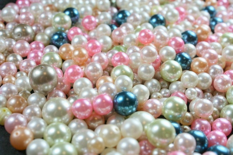 BIG Lot of Vintage and Salvaged Assorted Pastel Glass and Acrylic Pearls