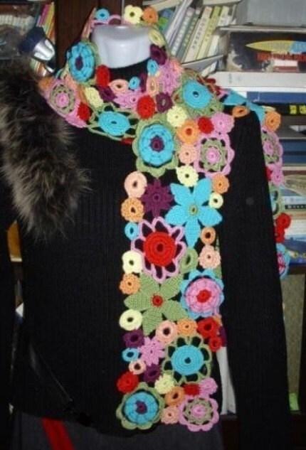 چند رنگ رنگین کمان گل نامنظم روسری