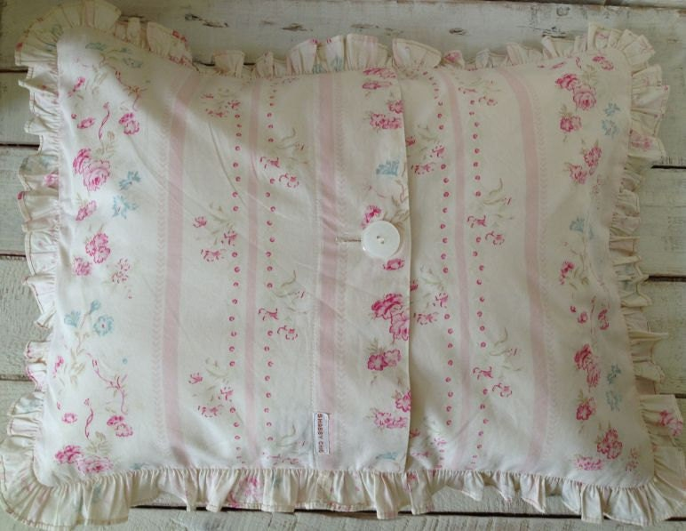 Shabby Chic Pillow Envelope Pillow Case Ivory by sewbeautiful2