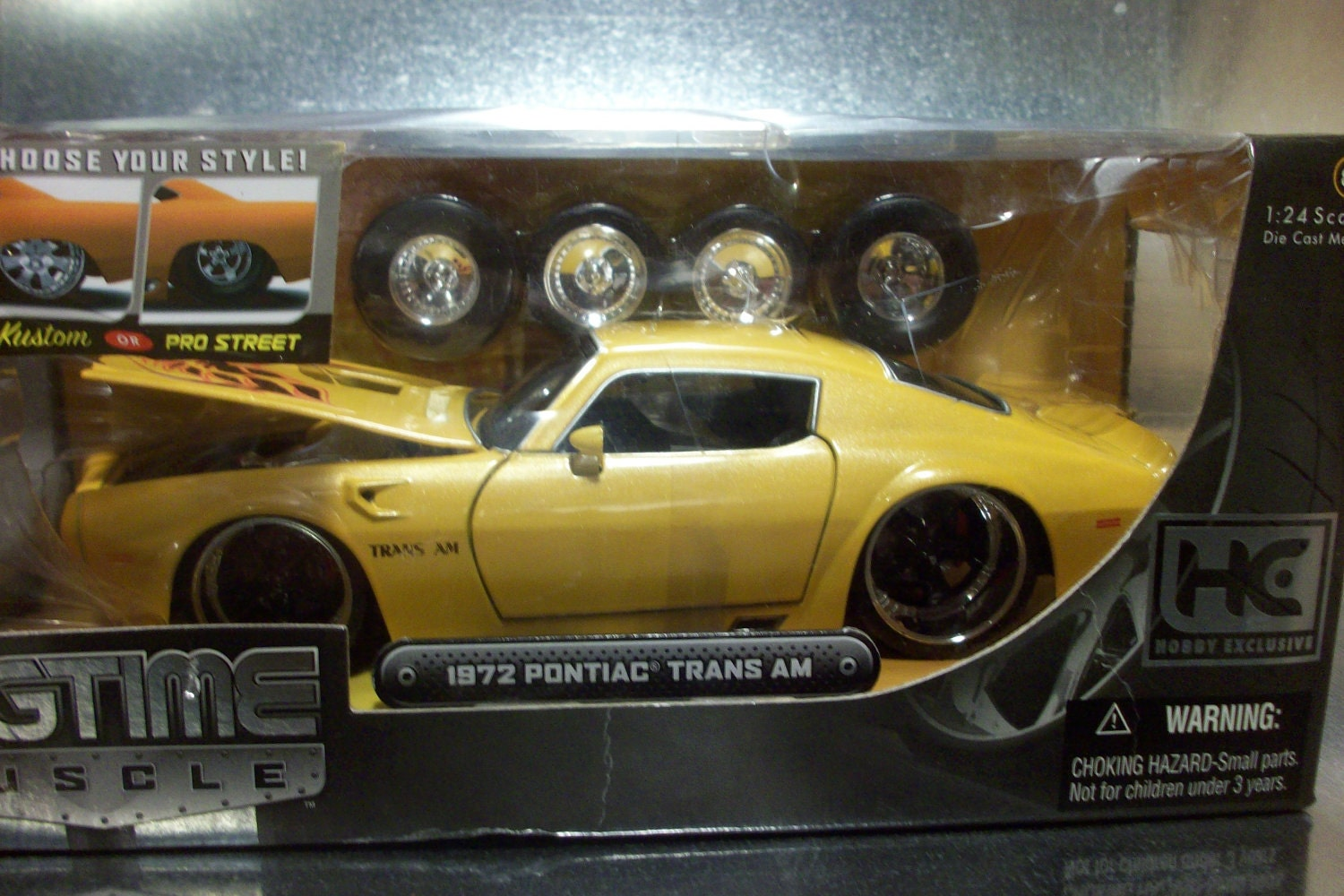 1972 Pontiac Trans AM 1:24 scale Die Cast Car Jada Toys. From RubbersRecords
