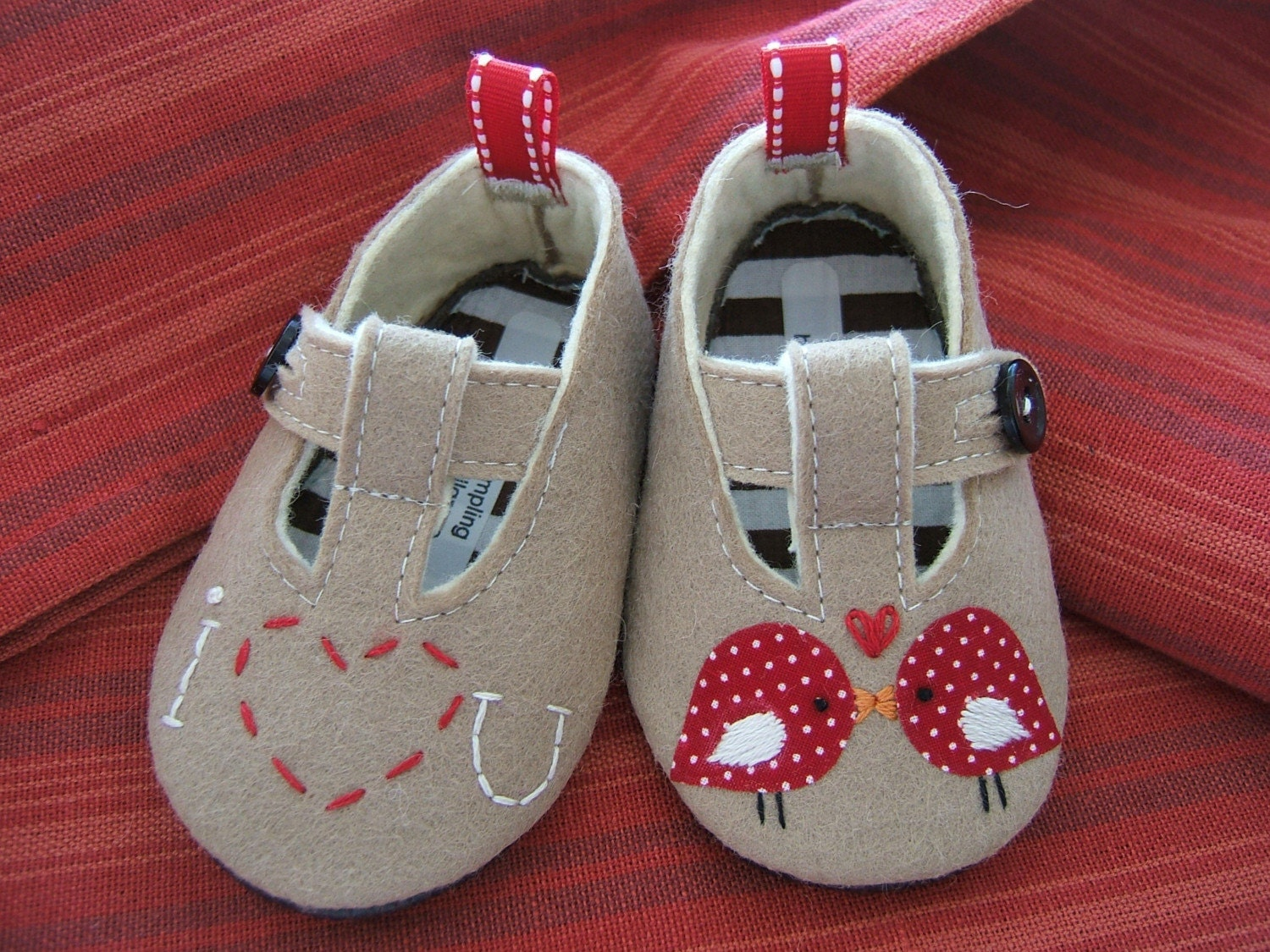 """Ravelry: Felted """"Gumnuts"""" Baby Shoes pattern by Tracey Waller"""