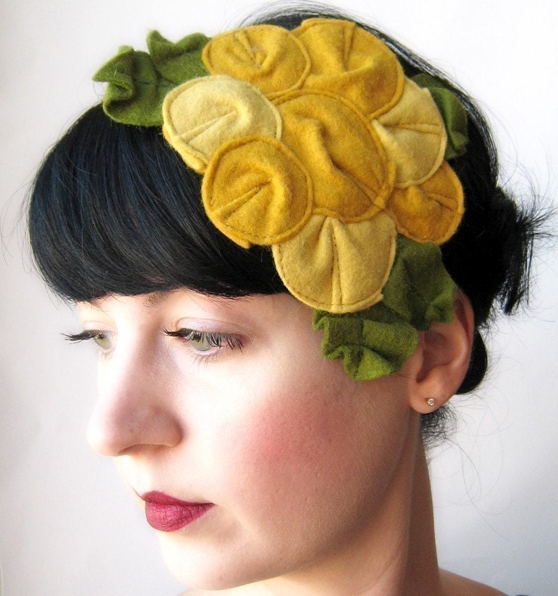 Giant Dwarf - Rosette Fascinator - The Canary - MADE TO ORDER
