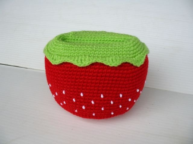 Crochet Cell Phone Holder - STRAWBERRY