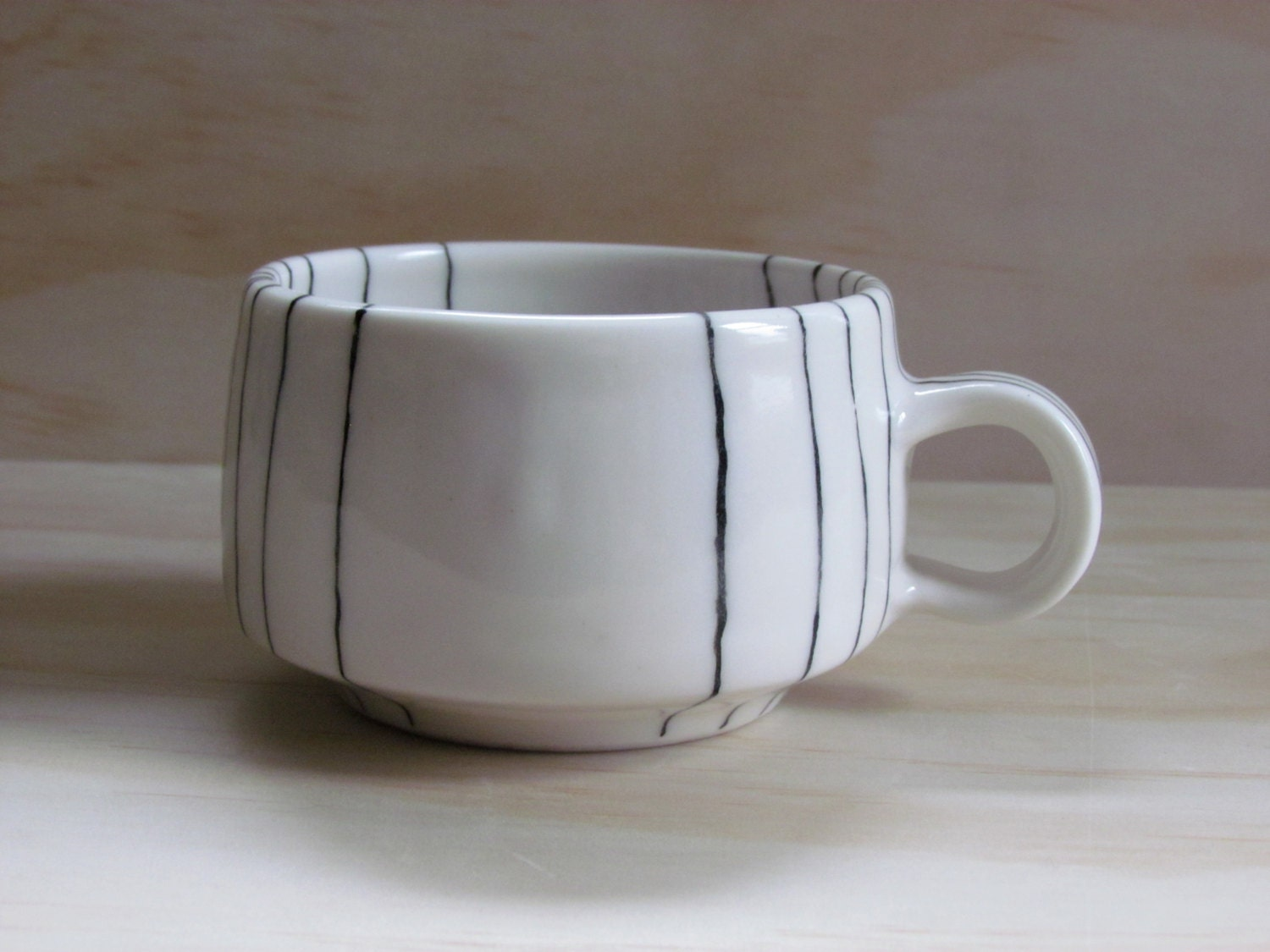 Black and White Line Tea or Coffee Mug. Graphic design. Modern ceramic porcelain mug.