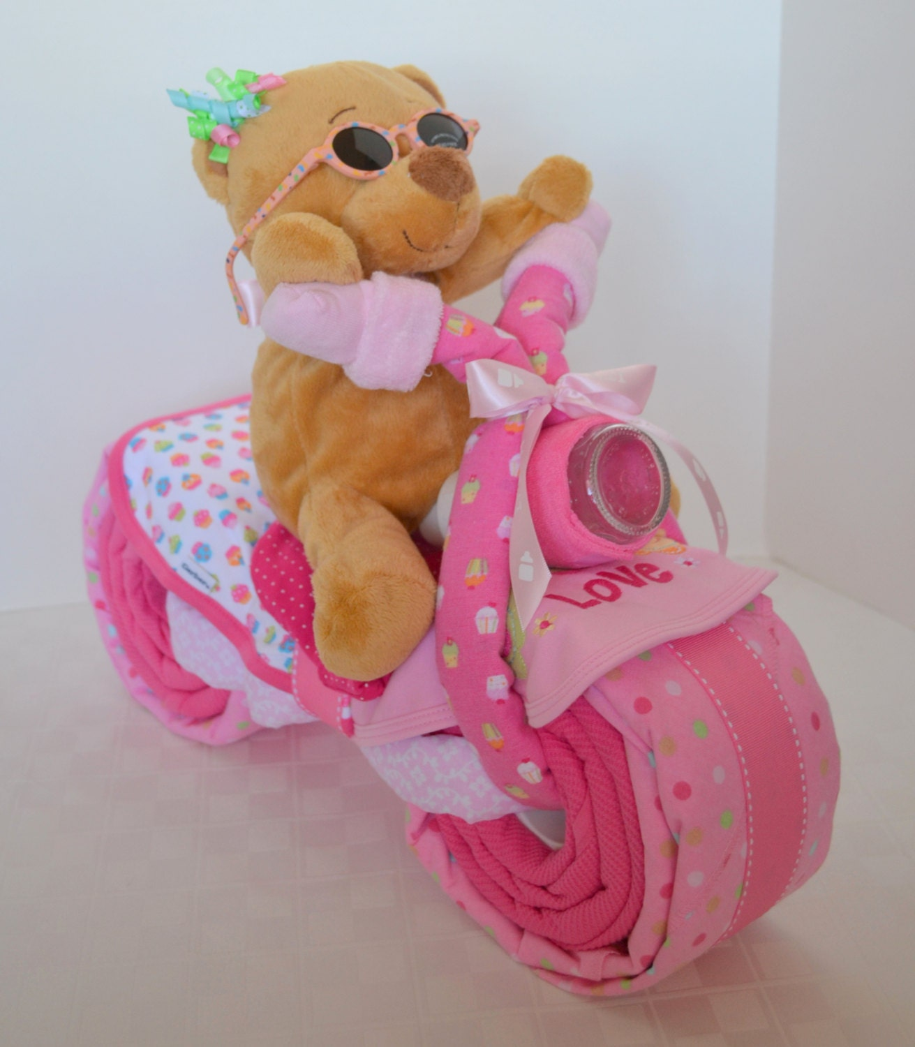 instructions on how to make a motorcycle diaper cake