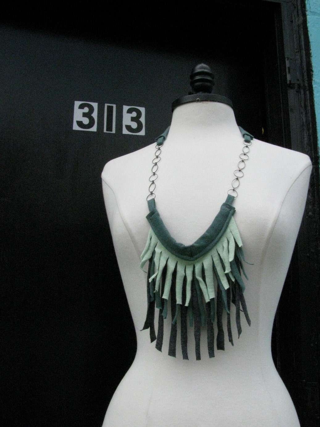 CLEARANCE T-Shirt Fringe Necklace in Green