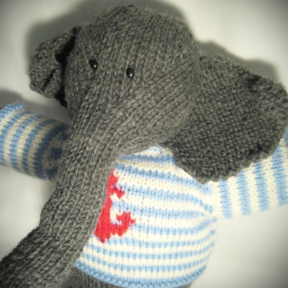Knitting Patterns For Stuffed Dogs : STUFFED ANIMAL KNITTING PATTERNS   FREE KNITTING PATTERNS