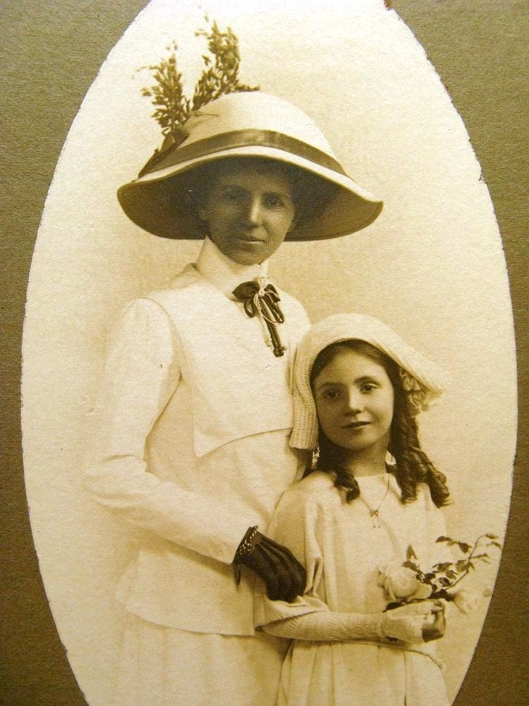 Mother and Daughter - 1900s Broken Hill, Australia