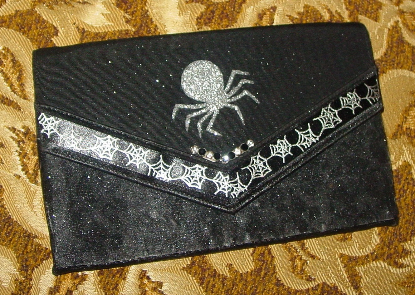 HANDMADE HALLOWEEN black spider purse EVERY WITCH NEEDS one
