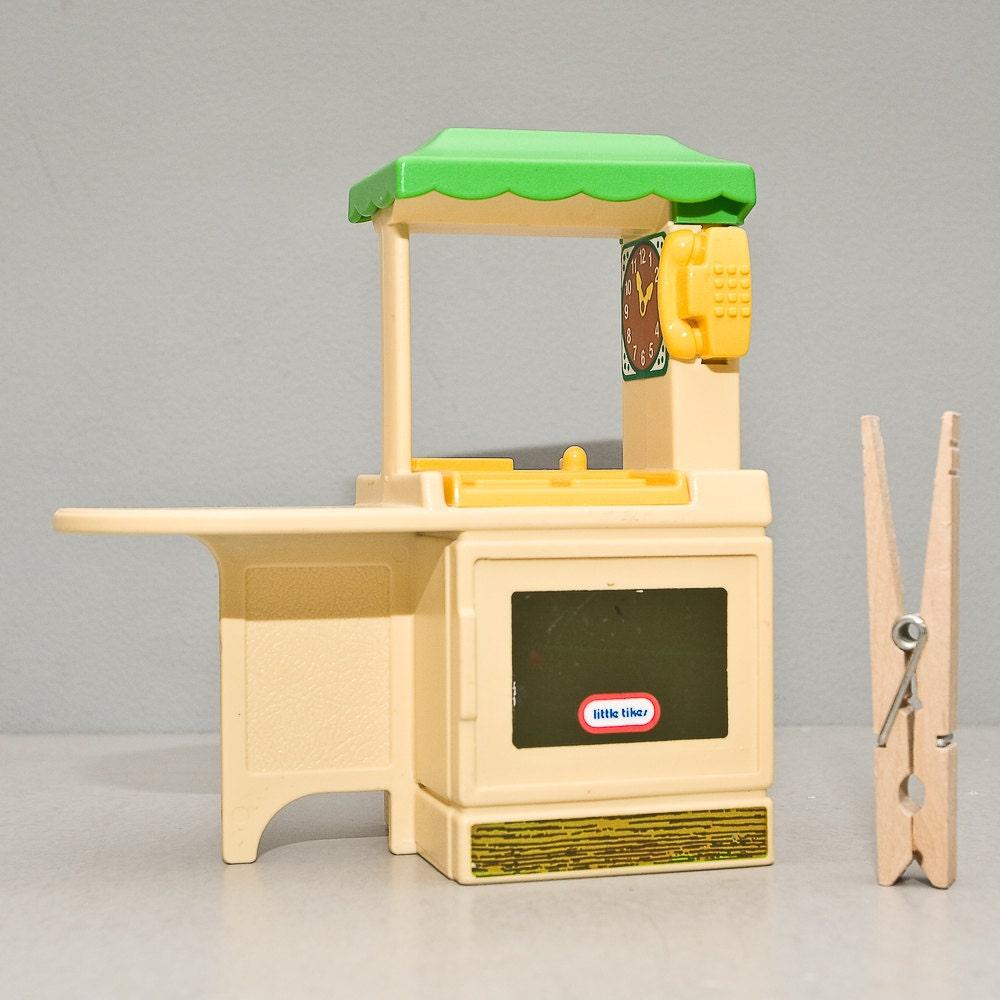 vintage little tikes kitchen set for dollhouse by whitecatvintage