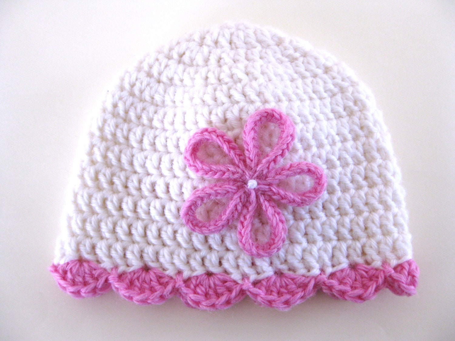 Crochet Hat Pattern For Premature Baby : Pattern preemie crochet hat shell edge by thewhitedaisydesigns